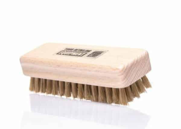 Work-Stuff-Handy-Leather-Brush---szczotka-z-miękkiego-włosia-do-czyszczenia-skóry-oraz-materiału